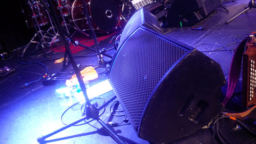APG wedges SMX15 for the latest tour of Eliza Carthy's band